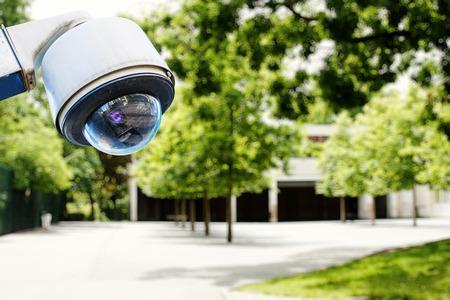 防犯カメラ、学校の安全