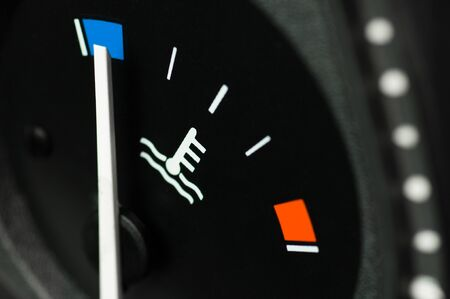 mountings: Motor temperature gauge in a car Stock Photo