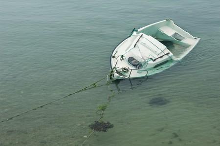 sandbank: Shipwreck on a sandbank