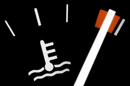 Motor temperature gauge in a car