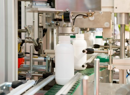 plastico pet: Producción en masa de envases de plástico  Foto de archivo