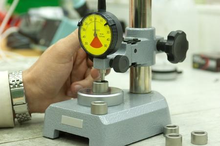 control de calidad: Reloj comparador en la medici�n de stand