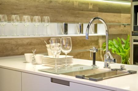 kitchen sink: Sink in a modern built in kitchen