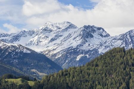 알프스의 계곡과 산의보기 스톡 콘텐츠