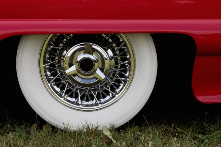 Chrome rim on a american car photo