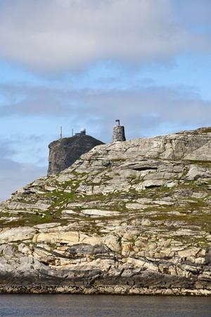 nato summit: Seamark and a radar station on acliff Stock Photo