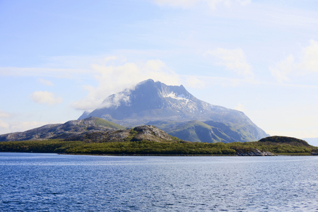 waterscapes: Mountain peak at the coast