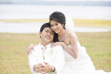 enchanting: young couple in wedding
