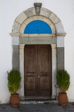 Porte de l'église grecque Banque d'images