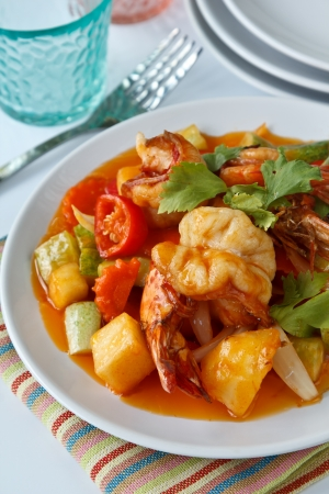 stir fry: Thai Food, Stir fry shrimp in sweet and sour sauce (Pad Priaw Wan Shrimp)
