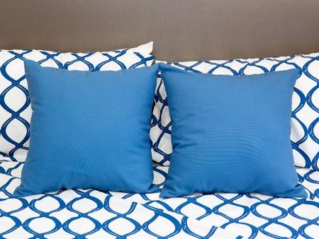 bedder: pillows on a bed