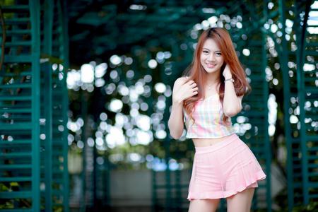 Beautiful asian girl Фото со стока - 44703502