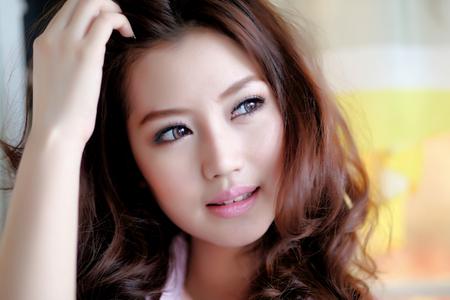 Beautiful asian girl Фото со стока - 44703539