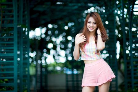 Beautiful asian girl Фото со стока - 44704723