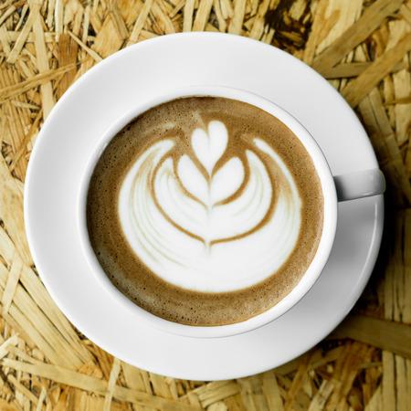 Tasse Kaffee im Coffee Shop - immer noch Licht Standard-Bild