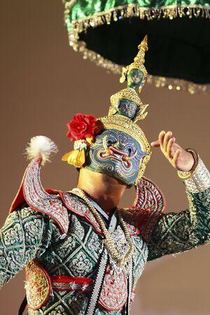 Khon - Thai classical masked ballet - Ravana prepare to war with Rama Stock Photo - 8445033