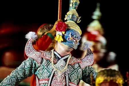 Khon - Thai classical masked ballet - Ravana prepare to war with Rama Stock Photo - 8445049