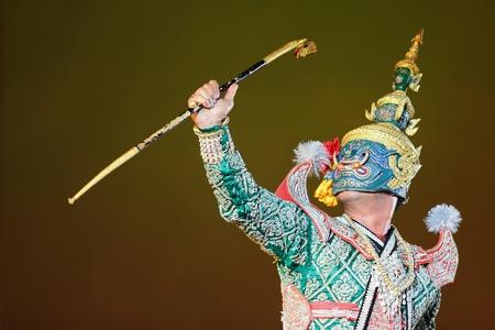 Khon - Thai classical masked ballet - Ravana prepare to war with Rama Stock Photo - 8445050