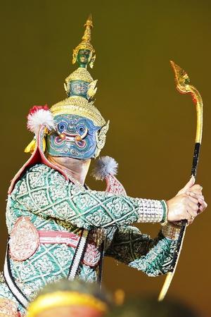 Khon - Thai classical masked ballet - Ravana prepare to war with Rama Stock Photo - 8445032