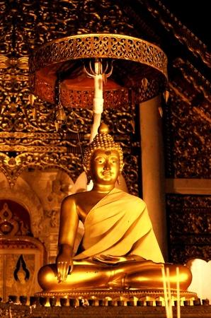 Buddha image at Wat Chedi Luang Varavihara, Chiang Mai Thailand photo