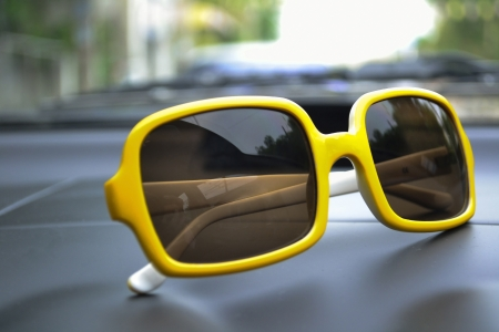 yellow Sunglasses Stock Photo - 14303471