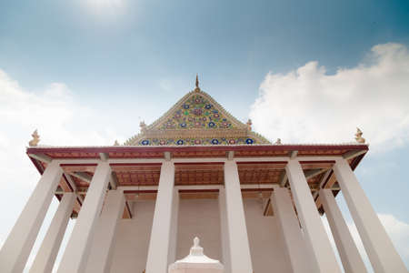 nontaburi: Wat Chaloem Phrakiat Worawihan Temple , Nontaburi , Thailand