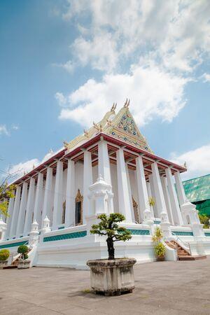 Wat Chaloem Phrakiat Worawihan Temple , Nontaburi , Thailand