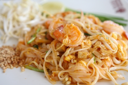 chinese noodles: Thai food padthai on wood background