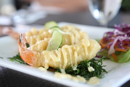 fry shrimp with lime sauce photo