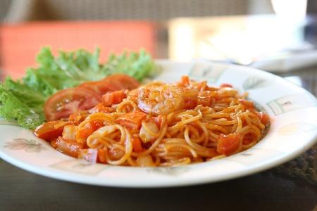tomato paste: spaghetti with shrimp Stock Photo