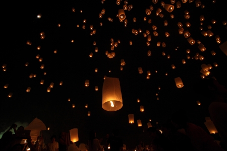 Floating lantern Stock Photo - 16688382