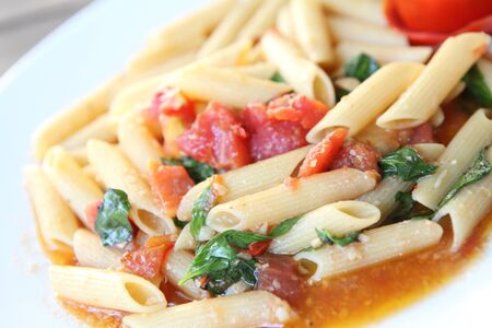 Penne with tomato Stock Photo - 16914580