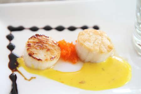 seared: pan seared sea scallops