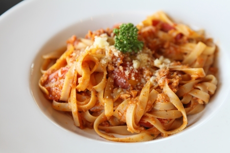 spaghetti fettuccine with beef  sauce photo