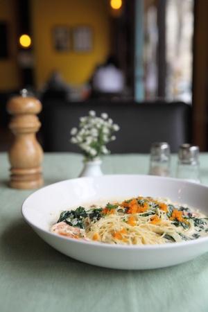 alfredo: Spaghetti cream spinach prawns