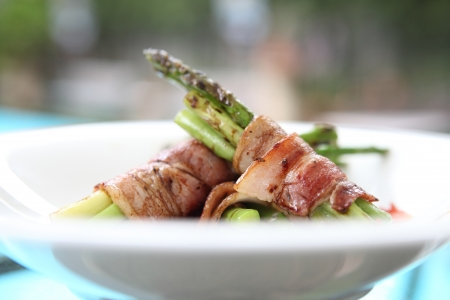 bacon warpped asparagus