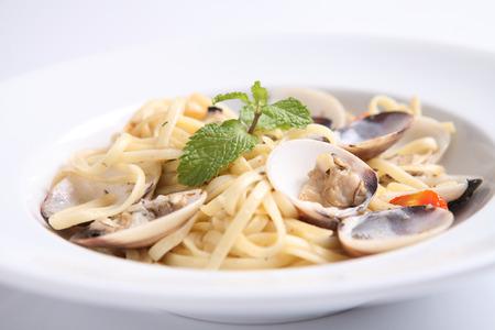 Spaghetti mit Venusmuschel Standard-Bild - 22278656