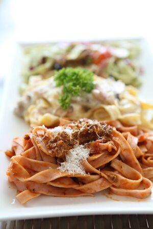 fettuccine: fettuccine spaghetti Stock Photo
