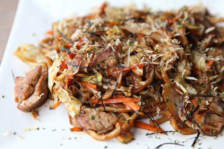 yakisoba: Japanese cuisine, frid noodles Yakisoba