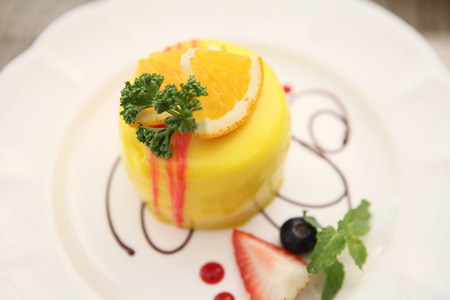 cheese cake: slice of lemon cheese cake