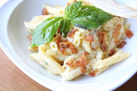 Spaghetti penne Carbonara photo