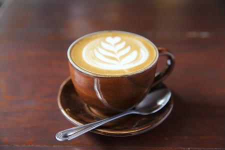 木材の背景のコーヒー 写真素材