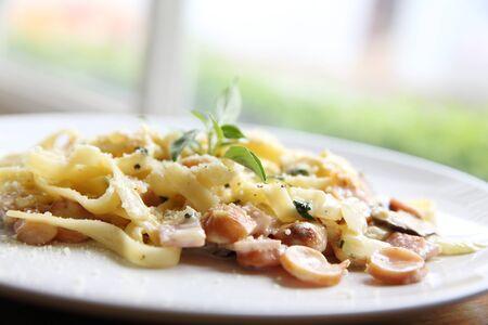 gastro: Pasta carbonara Italian food