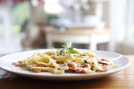 pancetta cubetti: Pasta carbonara Italian food
