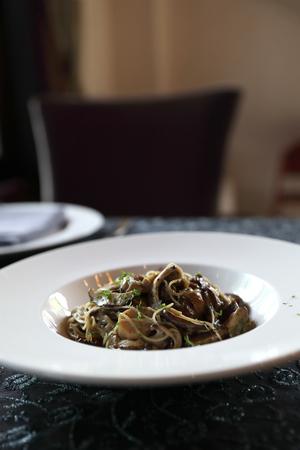 Spaghetti truffle cream sauce with mushroom