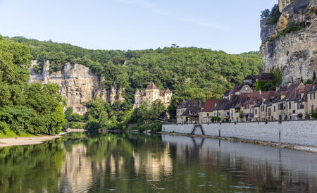 Beautiful La Roque-Gageac village on the north bank of the Dordogne River