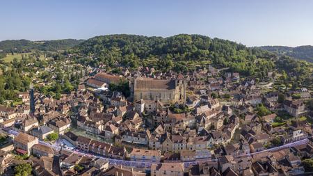 Aerial view of Saint-Cyprien, Dordogne village 스톡 콘텐츠