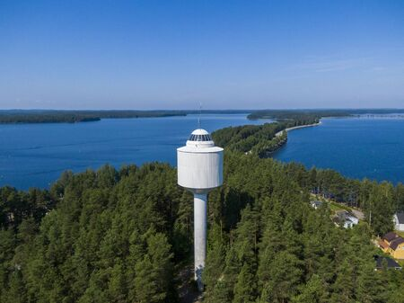 Water tower and viewing platform in the Punkaharju Nature Reserve in Finland 스톡 콘텐츠