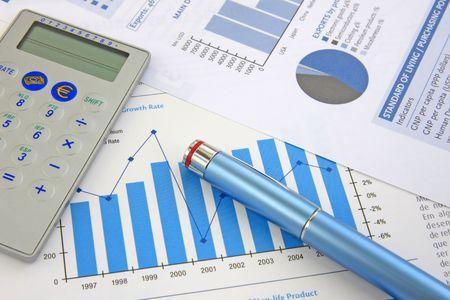 show bill: Antecedentes Del Negocio: Informe financiero, pluma y calculadora