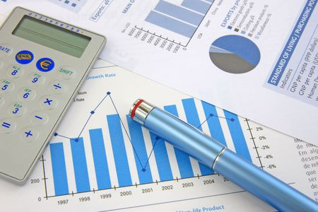show bill: Business Background: Financial report, pen and Calculator